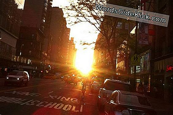 'Manhattanhenge' Sunset To Light Up New York City Tonight