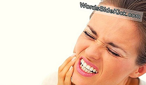 Tooth Sensitivity: Oorzaken, Remedies & Behandeling