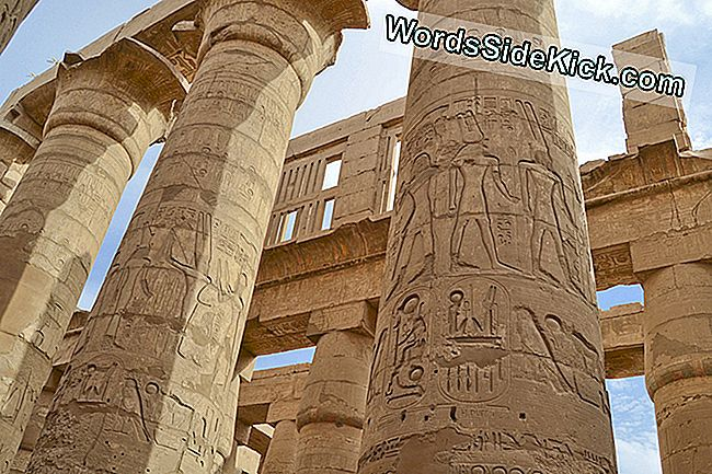 Kolommen in de Great Hypostyle Hall in Karnak.
