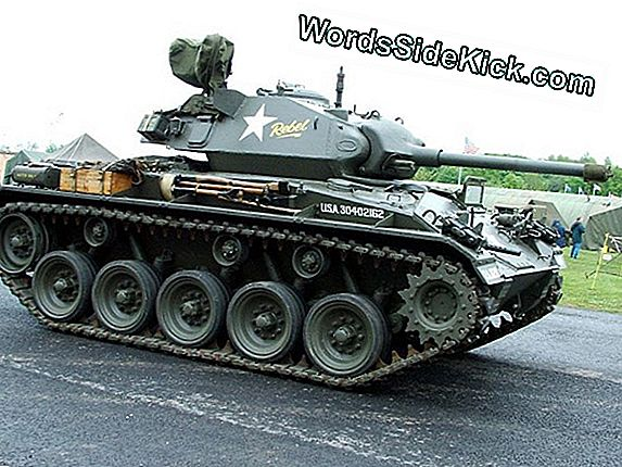 M-24 Chaffee Light Cank