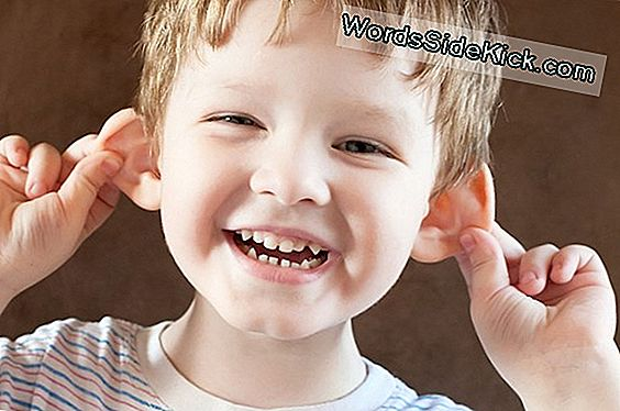 Kids Whose Ears Stick Out Are Cuter, Bekræfter Videnskaben