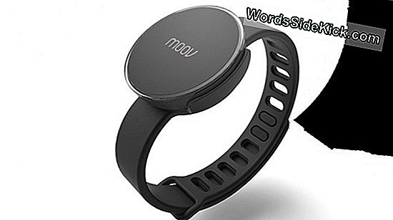 Moov Fitness Tracker Review