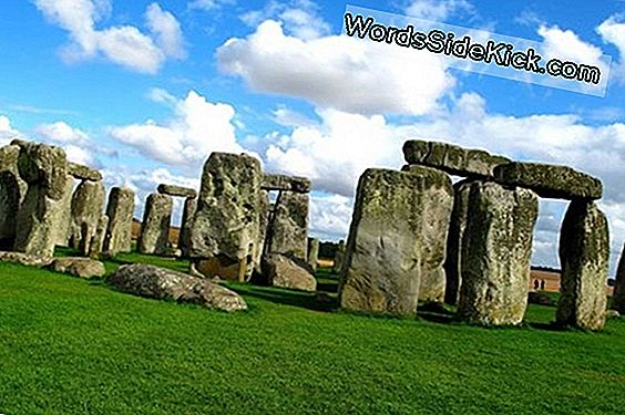 Ancient Road Leading To Stonehenge Found