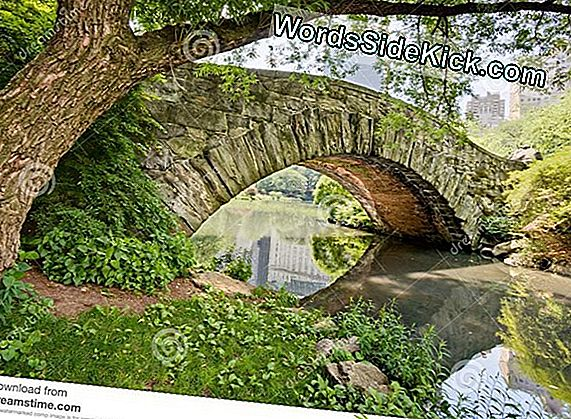 Enorme Natural Stone Arch Opdaget