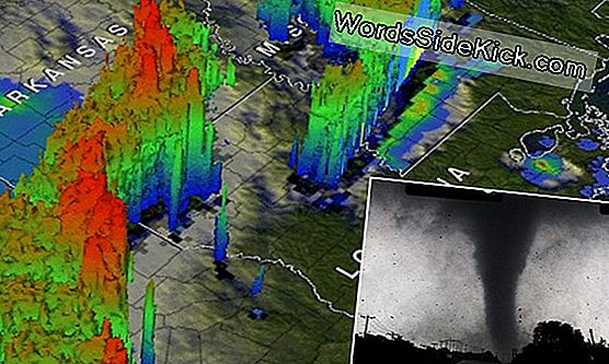 Satellite Spies Texas Tornado Storms In 3D
