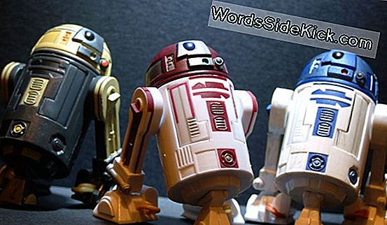 Black Friday Deal: R2-D2 Action Figure Kan Udforske 'Star Wars' Galaxy