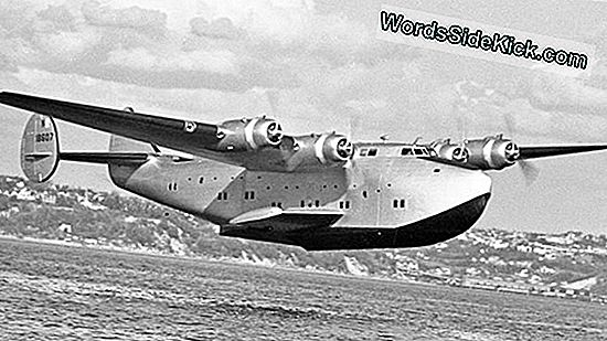 Martin Modelo 130 China Clipper