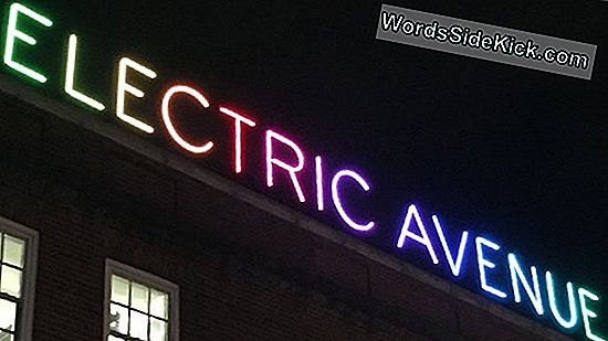 Electric Avenue: Energianleikkaava Laatat Line London 'Smart Street'