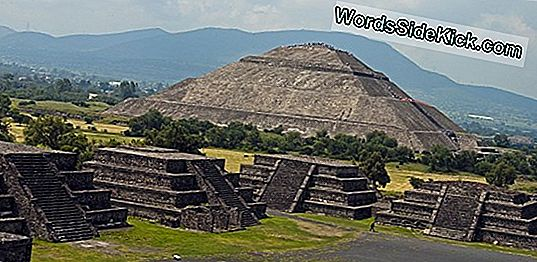 Teotihuacan: Orașul Antic Al Piramidelor