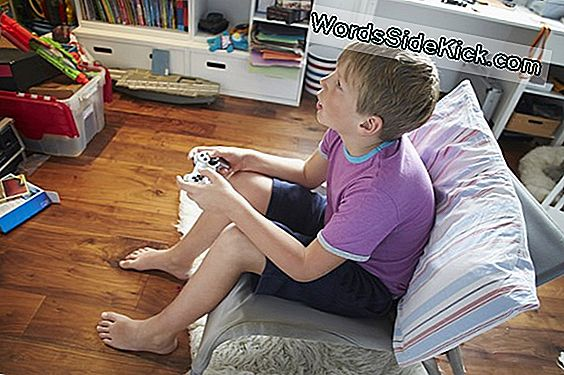 Videogames May Hinder Learning For Boys