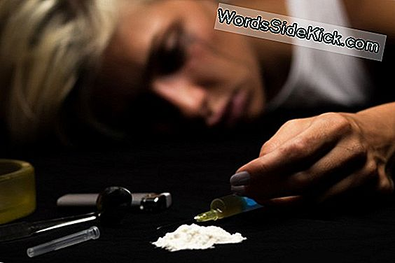 Heroin Facts: Effects, Addiction & Treatment