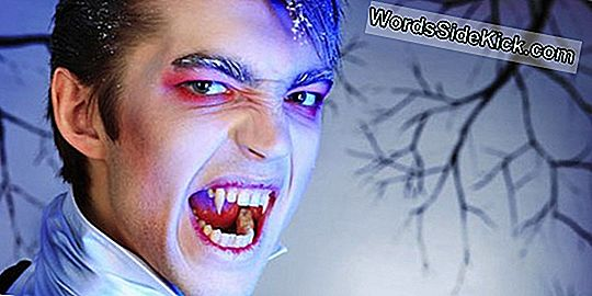 Vampires, Zombies & Weerwolven, Oh My! The Origins Of Halloween Monsters