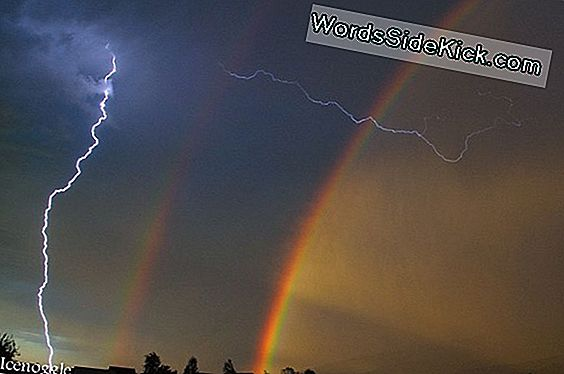 Crazy Photo: Lightning & Double Rainbow Over Badlands